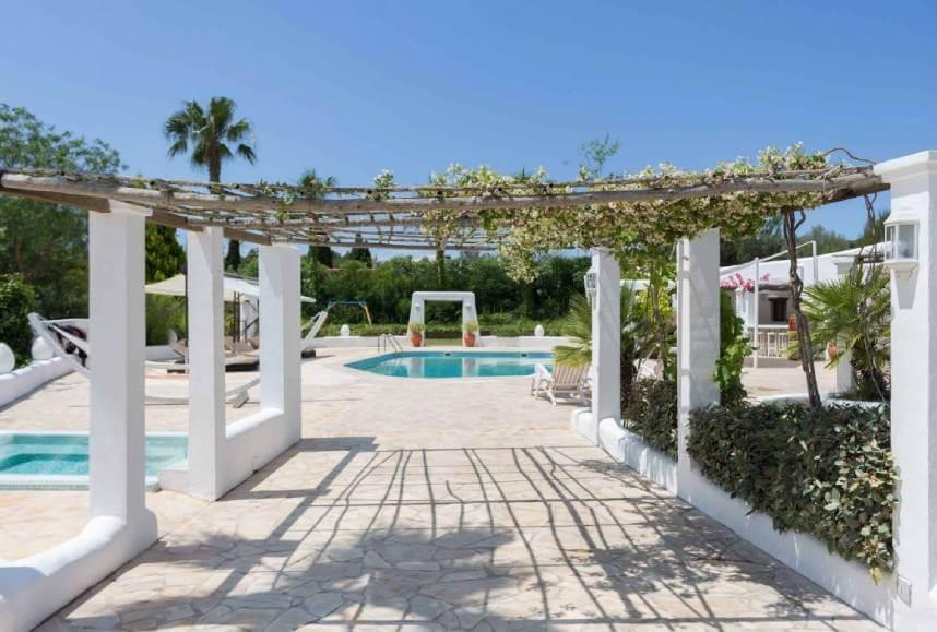 Espacio para una boda en la villa Casa Cova de Ibiza