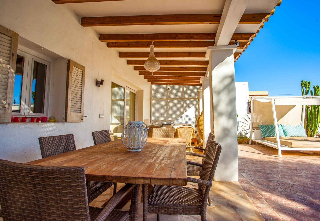 Villa in Sant Jordi de Ses Salines - CAN MASSINET